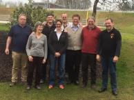 Die stolzen Absolventen mit Ausbilder Martin Koini